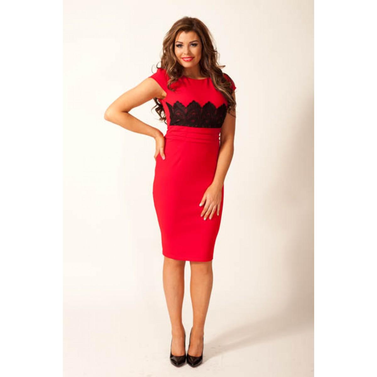 c05836f4eef Dámske šaty červené s čipkou